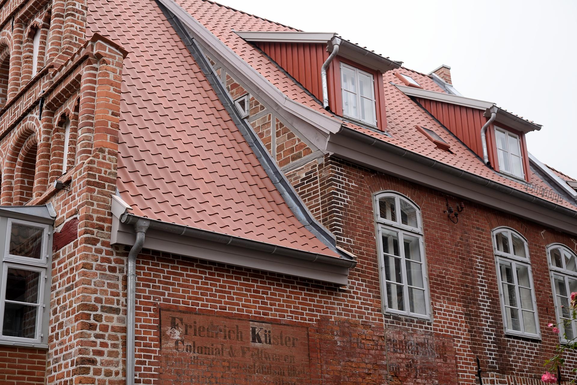 dach denkmalschutz altstadt lueneburg s80 1411 dach b ttcher. Black Bedroom Furniture Sets. Home Design Ideas